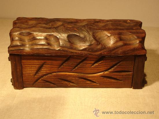 BAUL PEQUEÑO DE MADERA (Antigüedades - Muebles Antiguos - Baúles Antiguos)