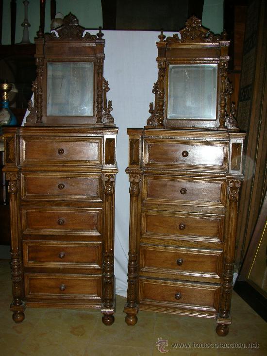 Pareja de mesitas de noche de estilo alfonsino comprar - Muebles antiguos en sevilla ...