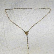 Antigüedades: ANTIGUO ROSARIO NIÑO/A PRIMERA COMUNION PEQUEÑAS PERLITAS 25 CM. DE LARGO. Lote 26720701