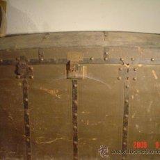Antigüedades: ANTIGUO BAÚL. Lote 27018219