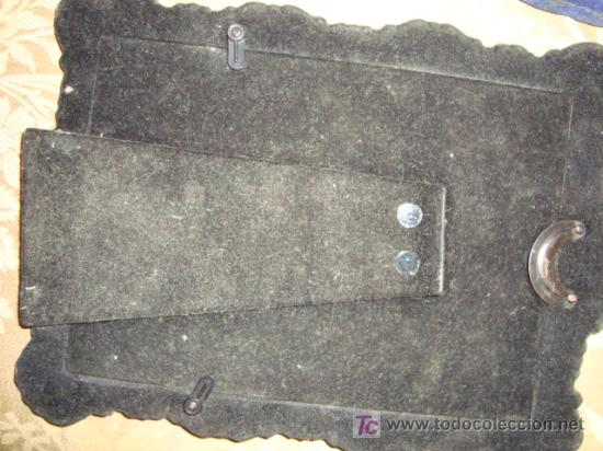 Antigüedades: dos antiguos marcos plateados, no se el material, 28 x 20 y 23 x 17, medidas interiores 17 x 12 cm - Foto 10 - 22312827