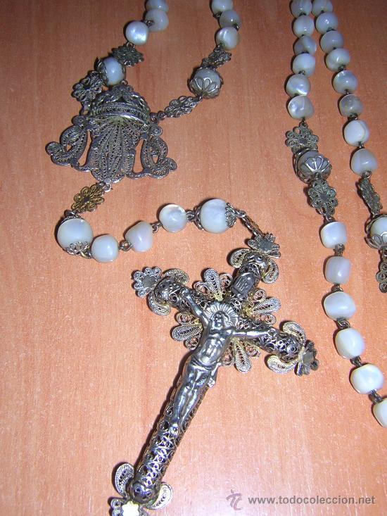 PRECIOSO ROSARIO DE PLATA FILIGRANA Y BOLAS DE NACAR (SIGLO XIX) (Antigüedades - Religiosas - Rosarios Antiguos)