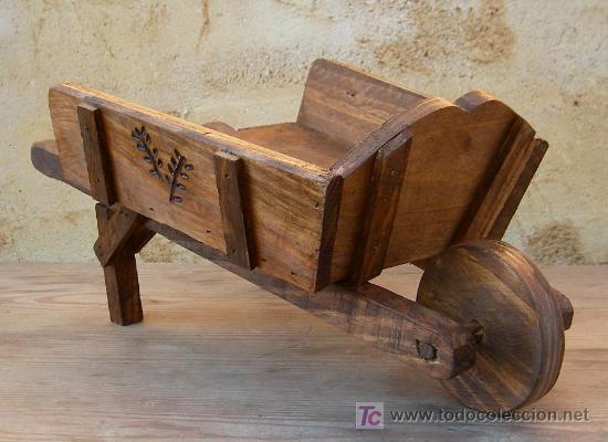 Carretilla de madera tallada jardin comprar antig edades r sticas en todocoleccion 26466076 - Cosas de madera rusticas ...