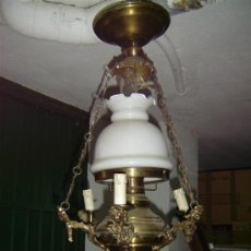 Antigüedades: LAMPARA DE BRONCE Y CRISTAL. Lote 15461724