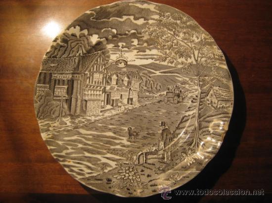 PLATO PONTESA DECORACION GRIS (Antigüedades - Porcelanas y Cerámicas - Otras)