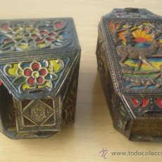 Antigüedades: PAREJA DE FAROLES .. DE CARTÓN TROQUELADO . Lote 27624238