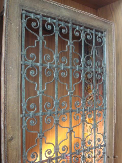 Pareja de antiguos marcos de ventana con reja d comprar - Rejas de forja antiguas ...