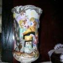 Antigüedades: JARRÓN EN FORMA DE COPA EN PORCELANA. Lote 26518234