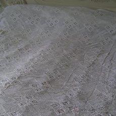 Antigüedades: ANTIGUA COLCHA GANCHILLO. Lote 26537316