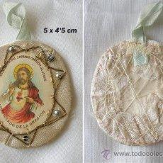 Antigüedades - MEDALLA ESCAPULARIO DE SAGRADO CORAZON CON BORDADOS - 26076531