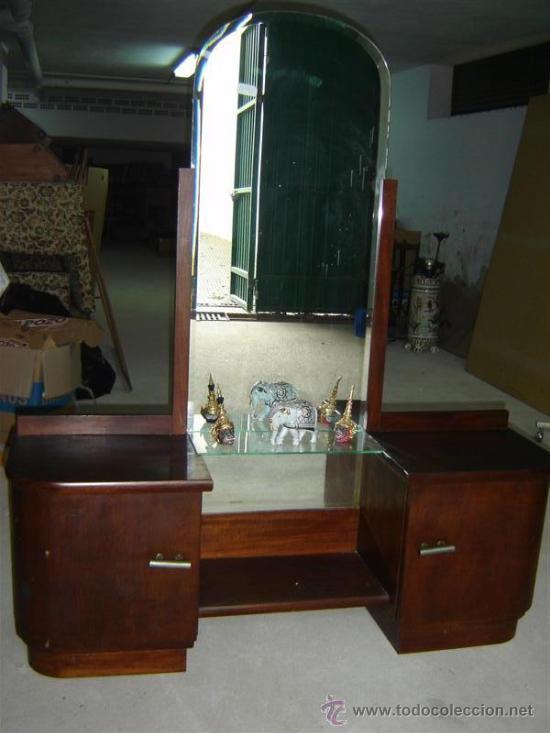 Tocador en madera y espejo grande comprar c modas - Espejos de tocador con luz ...