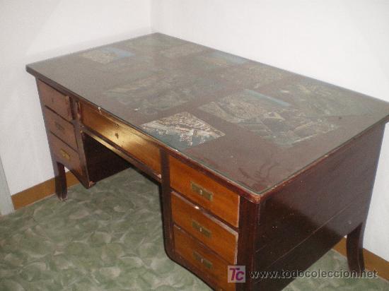 MESA DE DESPACHO PRICIPIOS DEL XIX CON AIRE MODERNISTA (Antigüedades - Muebles Antiguos - Mesas de Despacho Antiguos)
