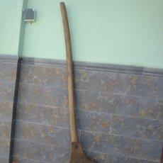 Antigüedades: PALA PARA AVENTAR EL CEREAL, DE MADERA -128,5 CMS DE LONGUITUD-. Lote 26585629