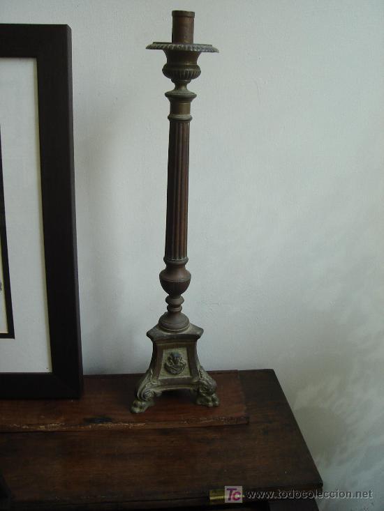 Antigüedades: candelabro hachero 53 cm de altura - Foto 2 - 26577222