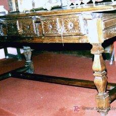Antigüedades: MESA GRANDE DE PAZO GALLEGO S/XVII. CASTAÑO,TALLADA 3 CAJONES,SECRETER VER DESCRIPCIÓN, FOTOS. Lote 26854623