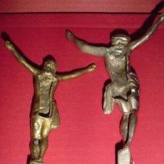 Antigüedades: CRISTOS ANTIGUOS EN LATÓN. Lote 26990491