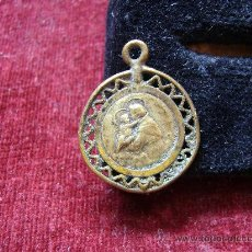 Antigüedades: MEDALLA RELIGIOSA ANTIGUA DE SAN ANTONIO. Lote 21222519