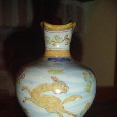 Antigüedades: JARRA EN CERAMICA DE TALAVERA. TOLEDO. RARAS MARCAS EN LA BASE. PRINCIPIOS DEL XX.. Lote 26494853