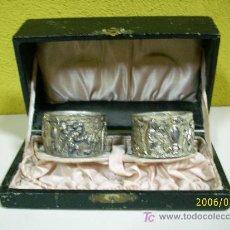 Antigüedades: ANTIGUOS SERVILLETEROS EN PLATA DE LEY CON ESCENAS DE CAZA SXIX.. Lote 26803384