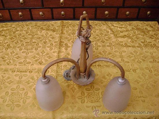 Antigüedades: LAMPARA DE TRES GLOBOS EN BRONCE - Foto 2 - 25344788