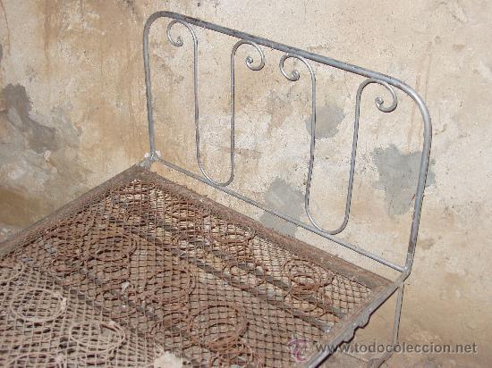 Antigüedades: Cama abatible de hierro - Foto 3 - 18204307