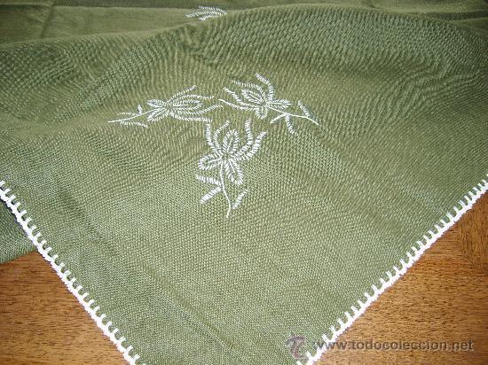 Manteleria y 6 servilletas bordados a comprar bordados for Remates a ganchillo