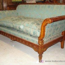 Antigüedades: SOFA ESTILO IMPERIO MADERA TALLADA Y DORADA. Lote 26295563