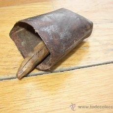 Antigüedades: PEQUEÑO CENCERRO PARA EL GANADO. Lote 21446839