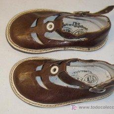 Antigüedades: ZAPATOS DE NIÑO DEL Nº 18 DE LOS AÑOS 50 MARCA SIN-FIN. Lote 26267218
