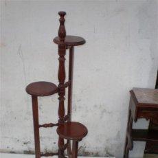 Antigüedades: MACETERO DE MADERA DE MONGO O SAPELI. Lote 18924106