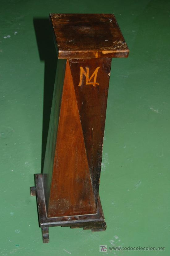Antigüedades: MUEBLE PARA TIESTO. 74CM DE ALTURA. BASE SUPERIOR 30X30CM. AÑOS 30. - Foto 2 - 24106193