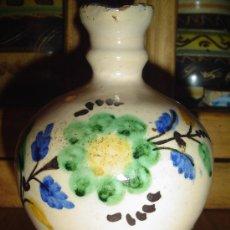 Antigüedades: JARRA CERÁMICA PUENTE DEL ARZOBISPO, TOLEDO. S.XIX. DECORACIÓN FLORAL, SIN MARCAS EN LA BASE.. Lote 26644327