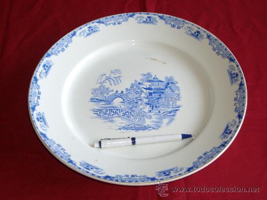 GRAN PLATO ROYAL CHINA VIGO (Antigüedades - Porcelanas y Cerámicas - Santa Clara)
