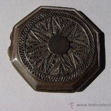 Antigüedades: POLVERA FILIGRANA MUY DELICADA DE PLATA ANTIGUA DE DOS TAPAS.. Lote 27231600