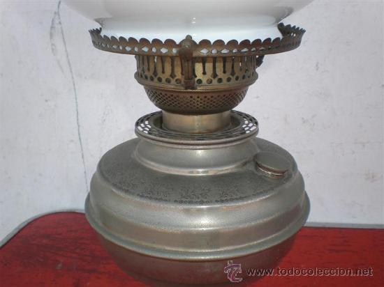 Antigüedades: lampara de petroleo plateada - Foto 2 - 19510787