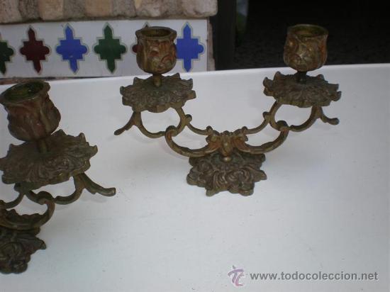 Antigüedades: pareja de candelabros de bronce antiguos - Foto 3 - 19532922