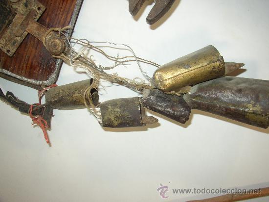 LOTE VARIADO DE ANTIGUOS CENCERROS (Antigüedades - Técnicas - Rústicas - Ganadería)