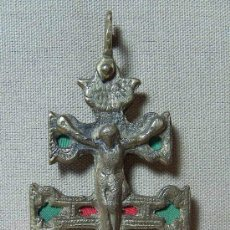 Antigüedades: RARA Y BONITA, CRUZ DE CARAVACA, CARA VACA, DE BRONCE, 13,5 X 6 CM. Lote 19692510