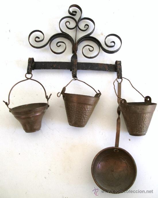 Utensilios de cocina en miniatura con percha comprar for Utensilios antiguos de cocina