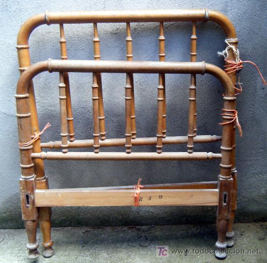 Cama torneada de madera de haya para restaurar comprar - Camas de madera antiguas ...