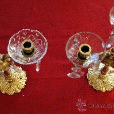 Antigüedades: SOBERBIOS CANDELABROS DE BRONCE Y CRISTAL.. Lote 27410046