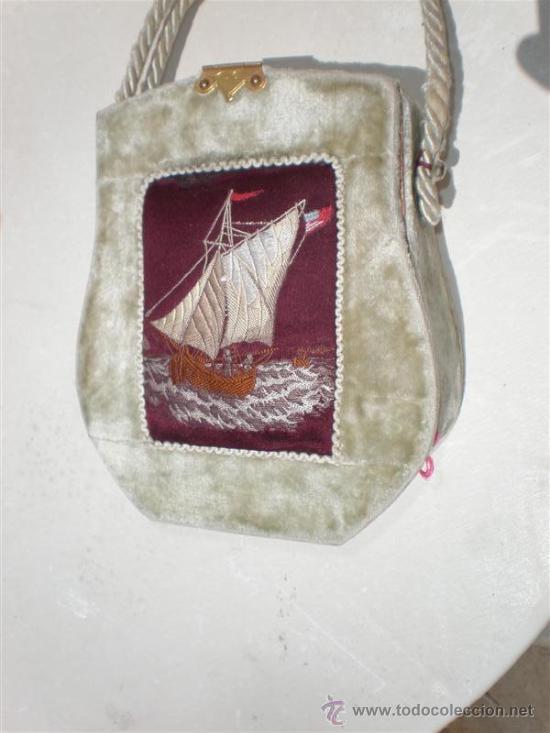 Antigüedades: bolso en terciopelo y bordado en un barco - Foto 2 - 19910128