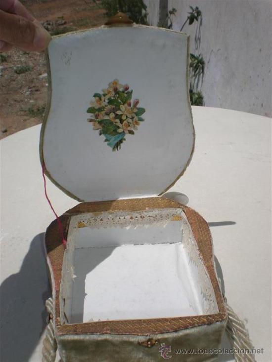 Antigüedades: bolso en terciopelo y bordado en un barco - Foto 3 - 19910128