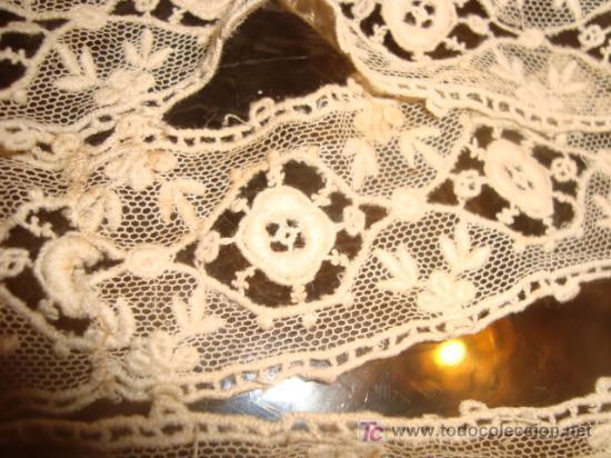 Antigüedades: 2 antiguos y maravillosos encajes , realizados a mano, en tul , diversos tipos de bordados,38 cm x 4 - Foto 2 - 21916448