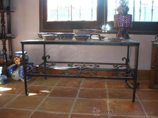 Antigüedades: MESA BAJA DE FORJA CON CRISTAL. - Foto 3 - 26317464