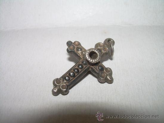 ANTIGUA Y PEQUEÑA CRUZ DE PLATA (Antigüedades - Religiosas - Cruces Antiguas)