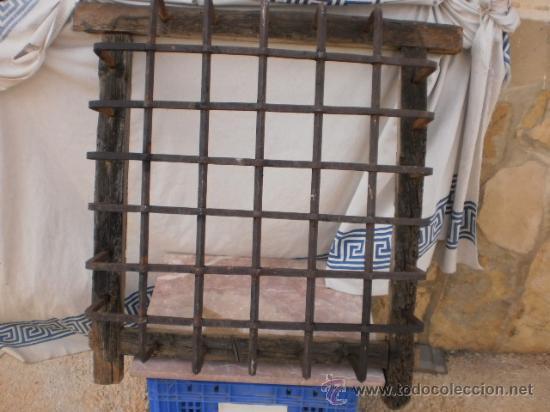 Reja de forja para ventana muy antigua siglo xv comprar antig edades r sticas en todocoleccion - Rejas de forja antiguas ...