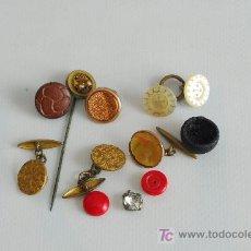 Antigüedades: CONJUNTO DE GEMELOS Y BOTONES.. Lote 26303203