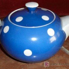 Antigüedades: TETERA LOZA AZUL.SELLO NEGRO IMPRESO.. Lote 26007515
