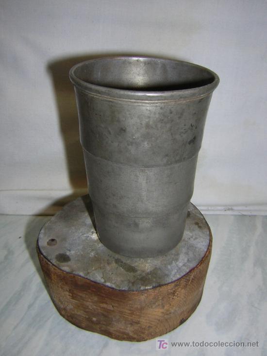 ANTIGUO VASO PLEGABLE DE METAL -BRITANNIA METAL-EK - ESPECIAL COLECCIONISMO SCOUTS (Antigüedades - Varios)